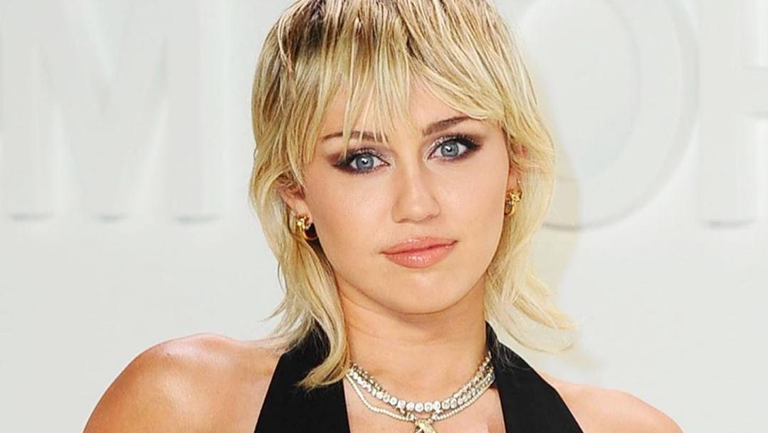 Miley Cyrus fala sobre a importância de votar nas eleições presidenciais - Quarto Nerd